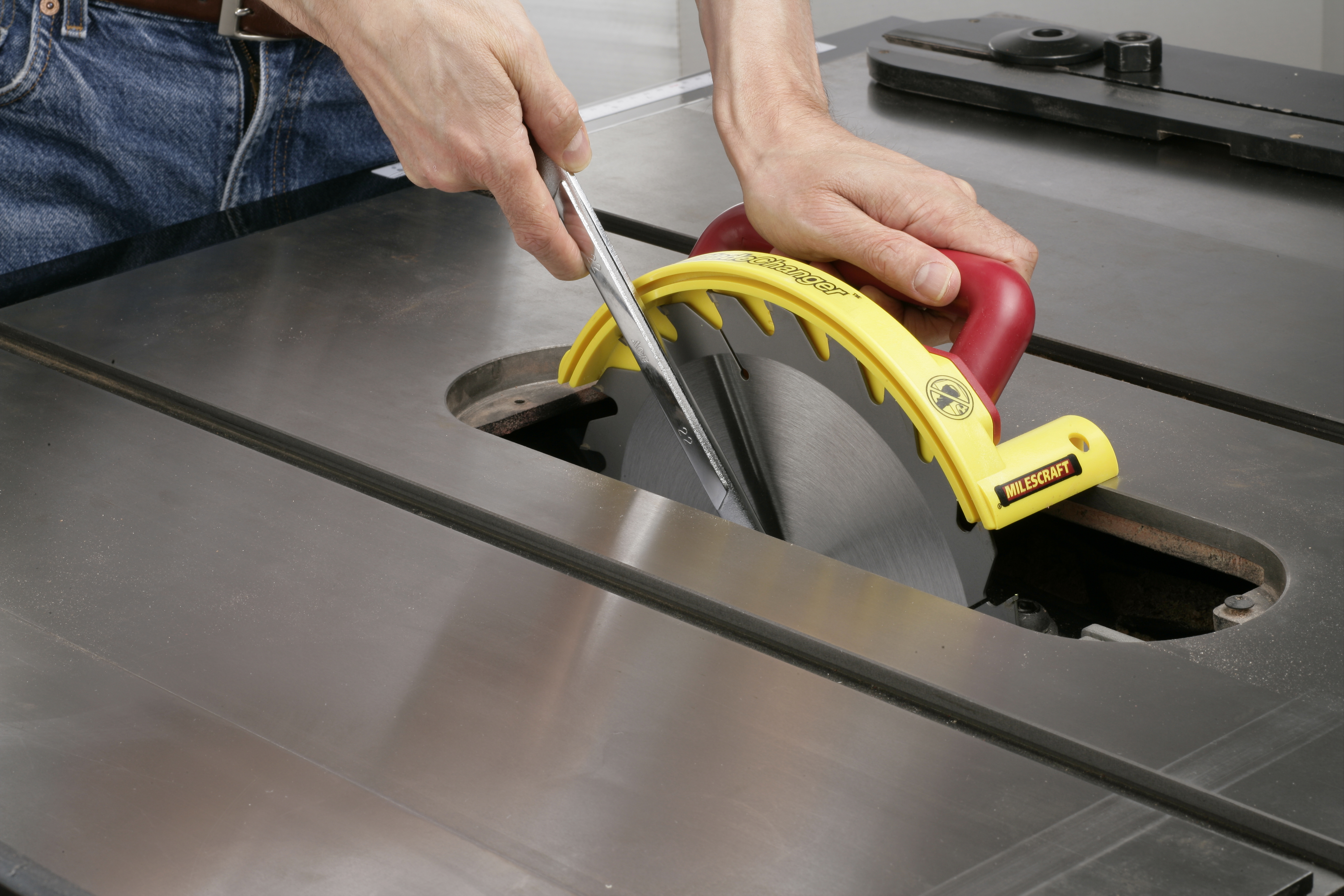 Bladechanger milescraft makes blade changing easier and safer greentooth Choice Image